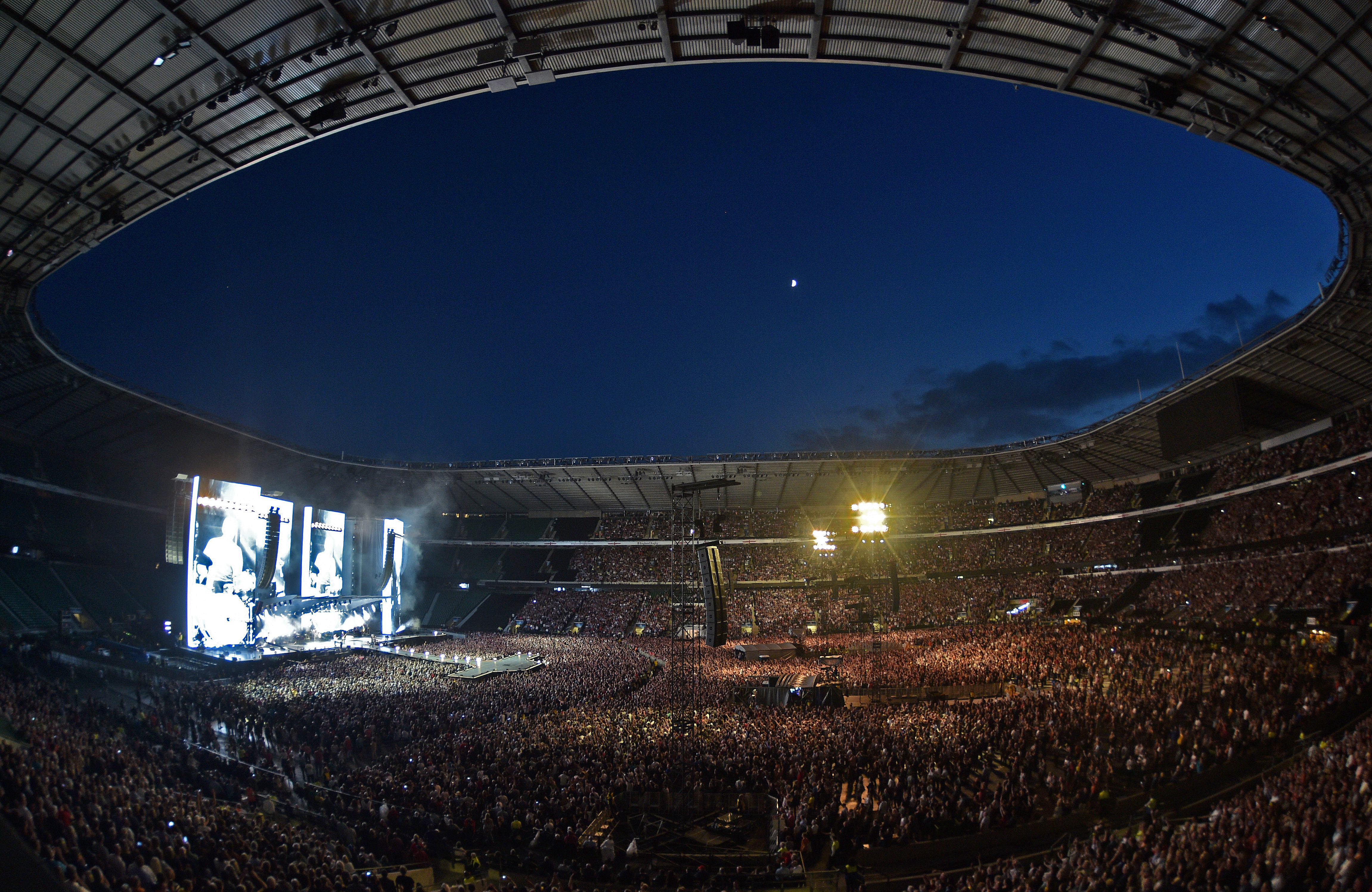 Accreditation: Stadium concerts under the spotlight
